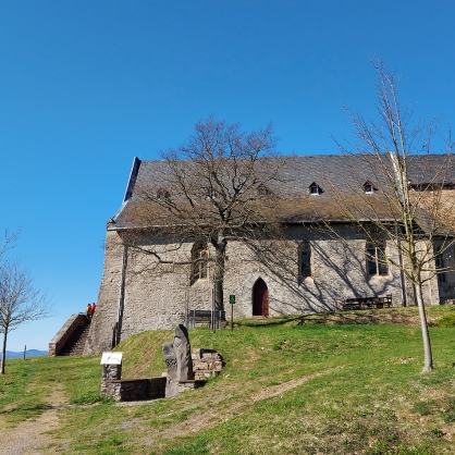 Die Wallfahrtskirche auf dem Bleidenberg.