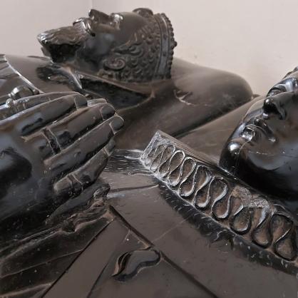 Hochgrab des Grafen Philipp von der Mark und seiner Gemahlin Katharina von Manderscheid-Schleiden in St. Leodegar.
