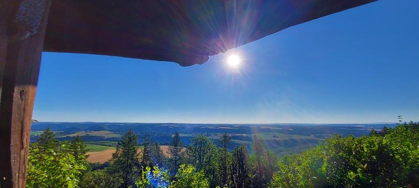 Blick vom Aussichtspavillon auf dem Mosenberg.